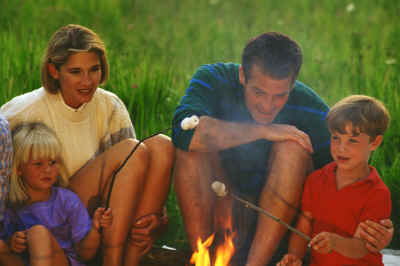 Family roasting.marshmallows